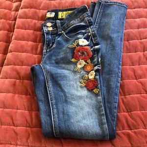 Indigo Rein embroidered skinny jeans size 0